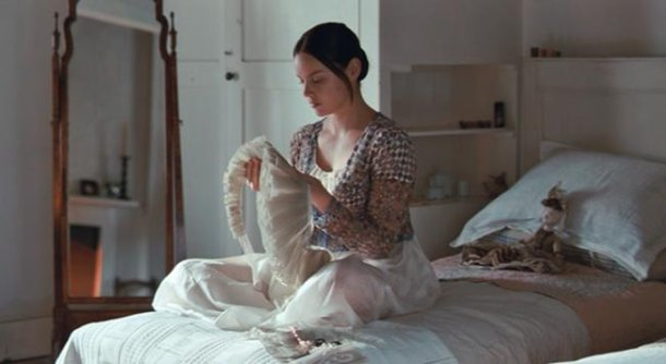 Fanny Brawne Sewing in Bright Star (2009) by Jane Campion